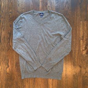 Men's Classic Gray V-Neck Sweater Sz. M